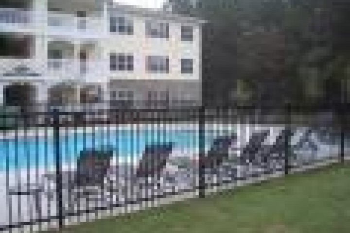Pool Fencing Steel fencing 720 480